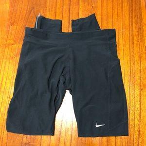 Nike dri-fit leggings with zipper work on legs